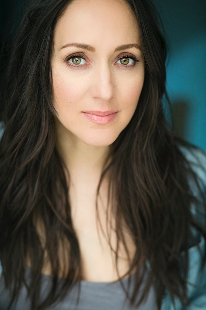Broadway Buskers: Jennifer Sanchez headshot